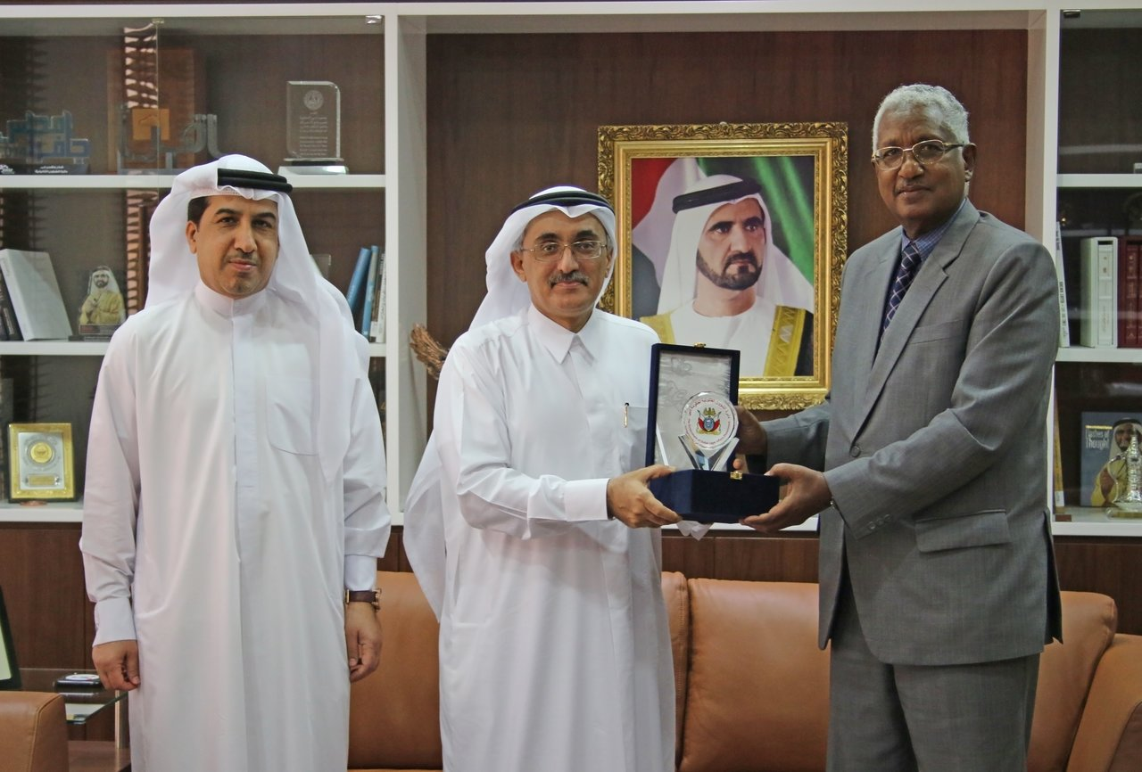The Government of Dubai Legal Affairs Department honours Senior Legal Advisor Mr. Omer Amin Eltom, at the end of his service with  the Department  - Monday - 20/03/2017