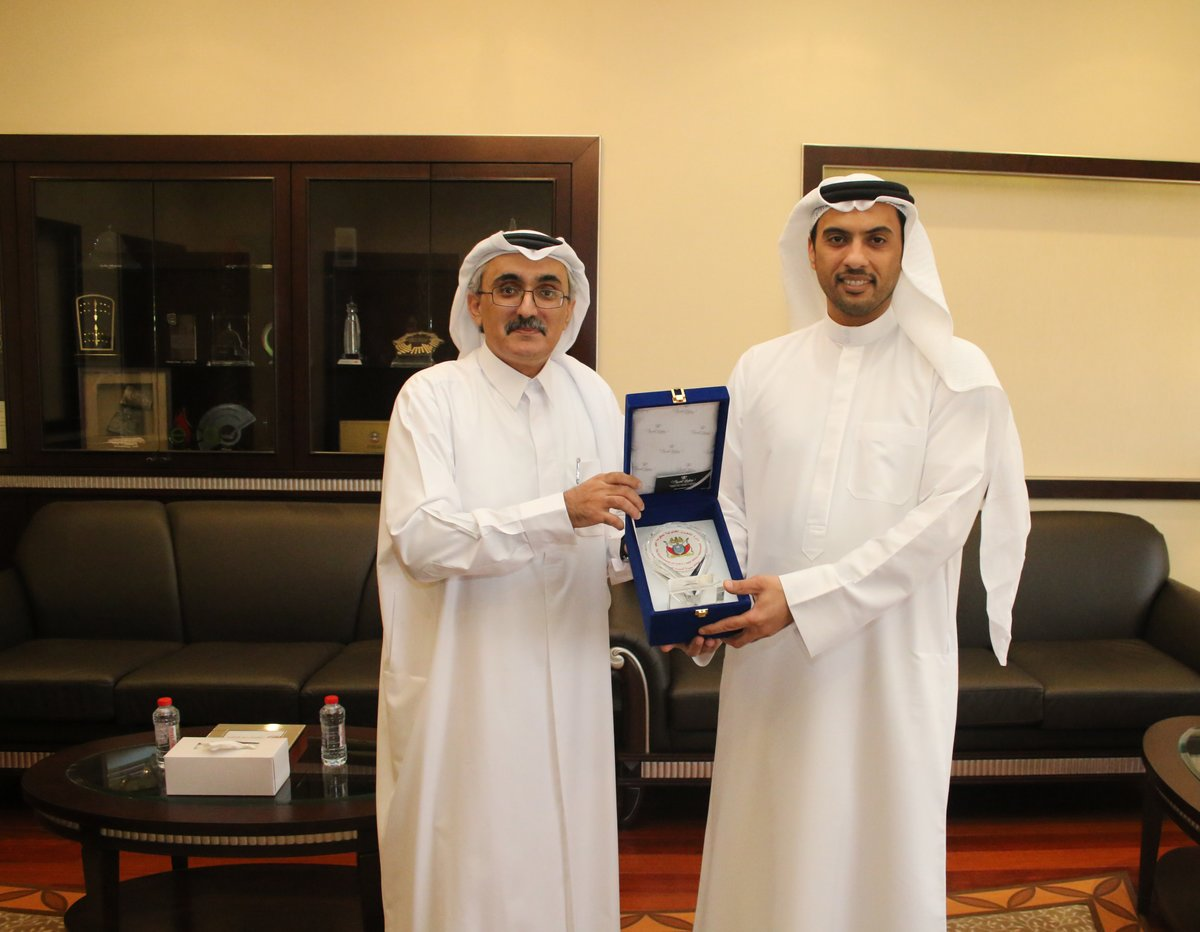Legal Affairs Department Honours Dubai Smart Government - Thursday 11/02/2016