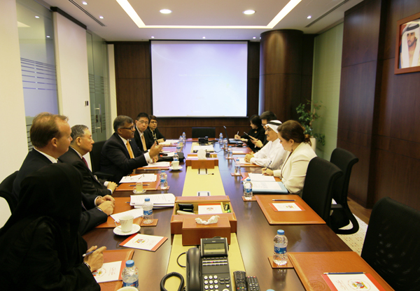 The Director General of the Legal Affairs Department receives a delegation from the Supreme Court of Singapore