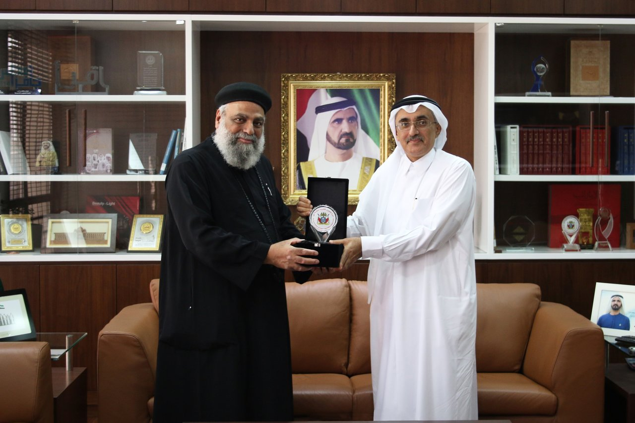 Director General of the Legal Affairs Department receives Chairman of Jebel Ali Churches Council
