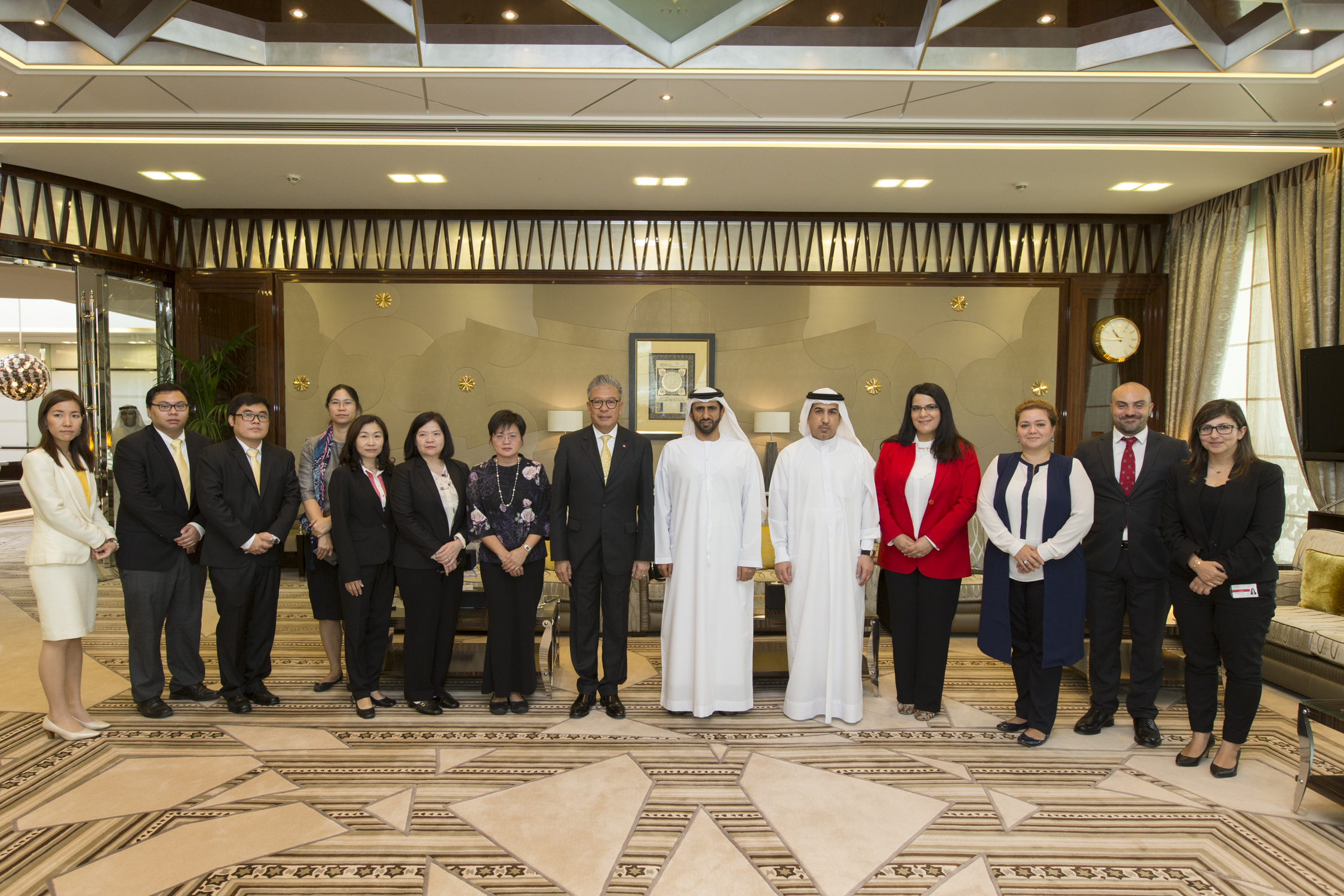 The Government of Dubai Legal Affairs Department briefed a Thai delegation on its experience in the legal sector